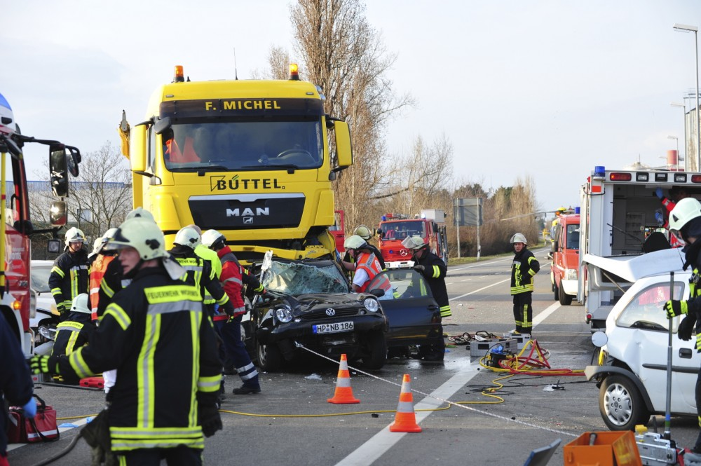 traffic accident solution According to the most recent us census reports, there are more than 108  million car accidents every year nearly 36000 of those result in the.